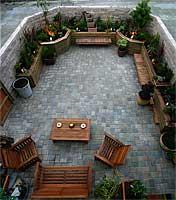 garden15May06pmtn.jpg
