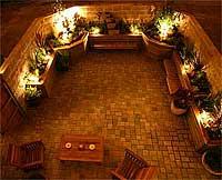garden16May06tn.jpg